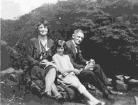 Joyce with Walter and Maud